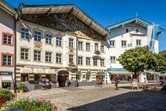 En el Marktstreet en mún Tolz - Alemania Fotos de archivo