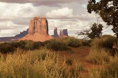 En el parque tribal de Navajo del valle del monumento, los E.E.U.U. fotografía de archivo