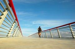 En el puente Imagenes de archivo