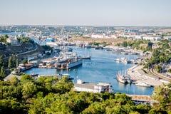 En el puerto de Sevastopol. Ucrania, Crimea foto de archivo
