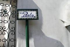 En el puerto del indicador de la pared Foto de archivo