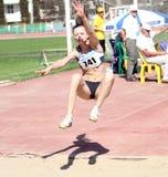 En el salto de longitud Foto de archivo