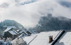 En el tejado de la montaña imagen de archivo libre de regalías