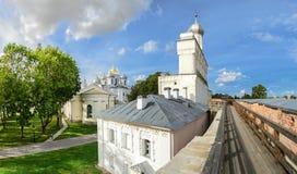 En el territorio del Novgorod el Kremlin Fotografía de archivo