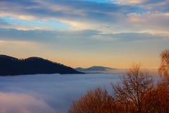 En el top de montañas Imagen de archivo libre de regalías