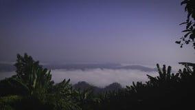 En el top las nubes fotografía de archivo libre de regalías