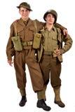 En engelsk soldat och en amerikansk soldat är vänner Arkivbilder