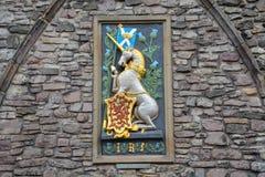 En enhörning med den skotska flaggan och ett emblem med en röd lejonnolla fotografering för bildbyråer