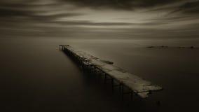 En ensam natt en sjö Royaltyfri Bild