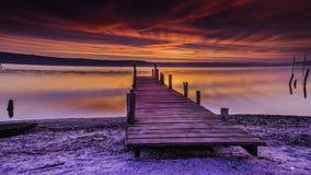 En ensam natt en sjö Arkivbilder