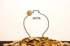 En Euro myntar royaltyfria foton