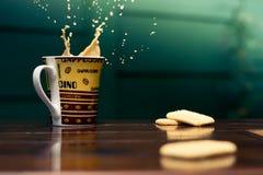 En färgstänk av kaffe Fotografering för Bildbyråer