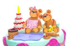 En födelsedagkaka för den speciala lilla grabben Royaltyfri Bild