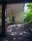 En förstörd fabrik Fotografering för Bildbyråer