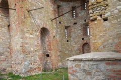 En förstörd kyrka Royaltyfri Foto