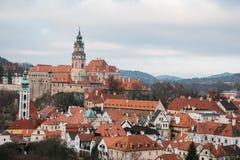 En fabulously härlig sikt av staden av Cesky Krumlov i Tjeckien Favorit- ställe av turister från över hela royaltyfri bild
