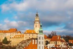 En fabulously härlig sikt av staden av Cesky Krumlov i Tjeckien Favorit- ställe av turister från över hela royaltyfri fotografi