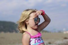 En flicka med exponeringsglas Royaltyfri Fotografi