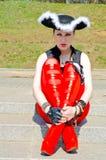 En flicka som kläs som en piratkopiera Fotografering för Bildbyråer