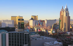 En flyg- sikt av den Las Vegas remsan som ser södra Royaltyfria Foton