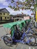 Cyclo rickshaws i hoi-an, vietnam Arkivfoton