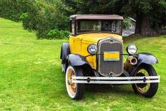 En Ford bilmodell 1930 i Haines, Alaska Fotografering för Bildbyråer