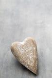 En forme de coeur en bois Cartes de voeux Salutation de jour de valentines Photo stock