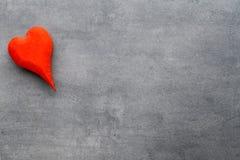 En forme de coeur en bois Cartes de voeux Salutation de Saint-Valentin Image libre de droits