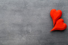 En forme de coeur en bois Cartes de voeux Salutation de Saint-Valentin Images stock