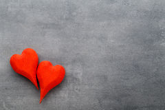En forme de coeur en bois Cartes de voeux Valentine& x27 ; salutation de jour de s Images stock