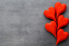 En forme de coeur en bois Cartes de voeux Valentine& x27 ; salutation de jour de s Photographie stock