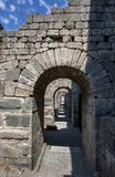 En forntida dörröppning på Pergamum i Turkiet Royaltyfri Fotografi