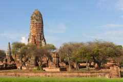 En forntida stupa på den Wat Phra Ram templet, Ayutthaya, Thailand Royaltyfri Bild