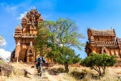 En forntida tempel i Phan ringde, Vietnam Royaltyfri Bild