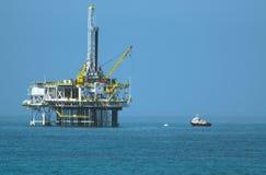 Olje- plattform Arkivfoton