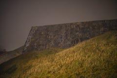 En fredriksten la fortaleza en la niebla y la oscuridad Imagen de archivo libre de regalías