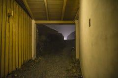 En fredriksten la fortaleza en la niebla y la oscuridad Fotos de archivo