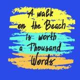 En gå på stranden är värda tusen ord - handskrivet motivational citationstecken royaltyfri illustrationer