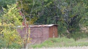 En gömd brun hydda Royaltyfri Fotografi