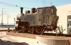 En gammal ångalokomotiv till Catania fotografering för bildbyråer