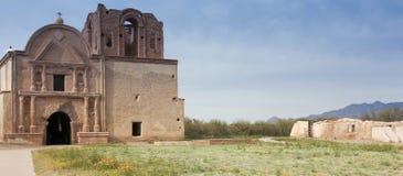 En gammal beskickning, Tumacacori nationellt historiskt parkerar Royaltyfri Foto