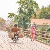 En gammal bro Fotografering för Bildbyråer