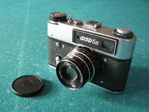 En gammal fotokamera Arkivbilder