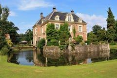 En gammal slott i Diepenheim, Nederländerna arkivfoto