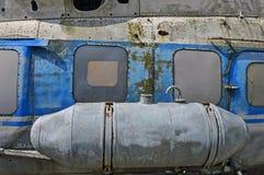 En gammal sovjetisk helikopter Mi-2 som är utsläppt i 60-tal Arkivbild