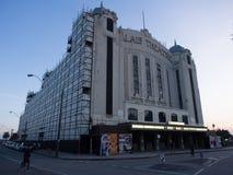 En gammal teater under rekonstruktion Royaltyfria Bilder