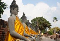 En gammal tempel i Thailand, Wat Yai Chai Mongkol Fotografering för Bildbyråer