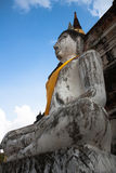 En gammal tempel i Thailand, Wat Yai Chai Mongkol Royaltyfri Fotografi