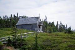 En gammal träkyrka Arkivbild