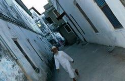 En gata för narrownstenstad, Zanzibar Royaltyfri Foto